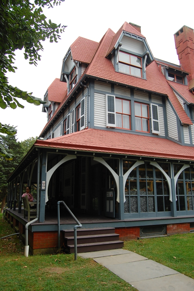 Cape May, New Jersey, Emlem Physic Estate. (1876).
